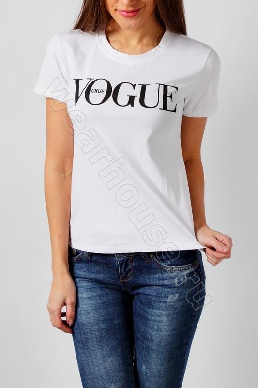 Женская футболка Vogue. Купить в интернет магазине. Цена в СПб ... 9b9435105e8